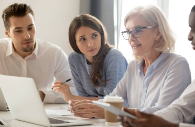 how-leading-a-multigenerational-workforce-affects-workplace-psychology